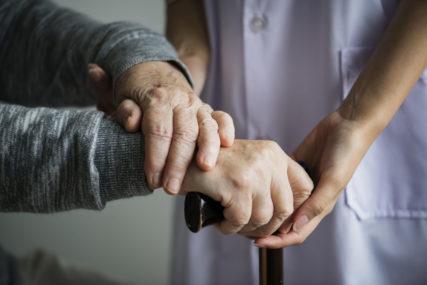 Οδηγός φροντιστών σε ασθενείς με αγγειακό εγκεφαλικό επεισόδιο (ΑΕΕ)